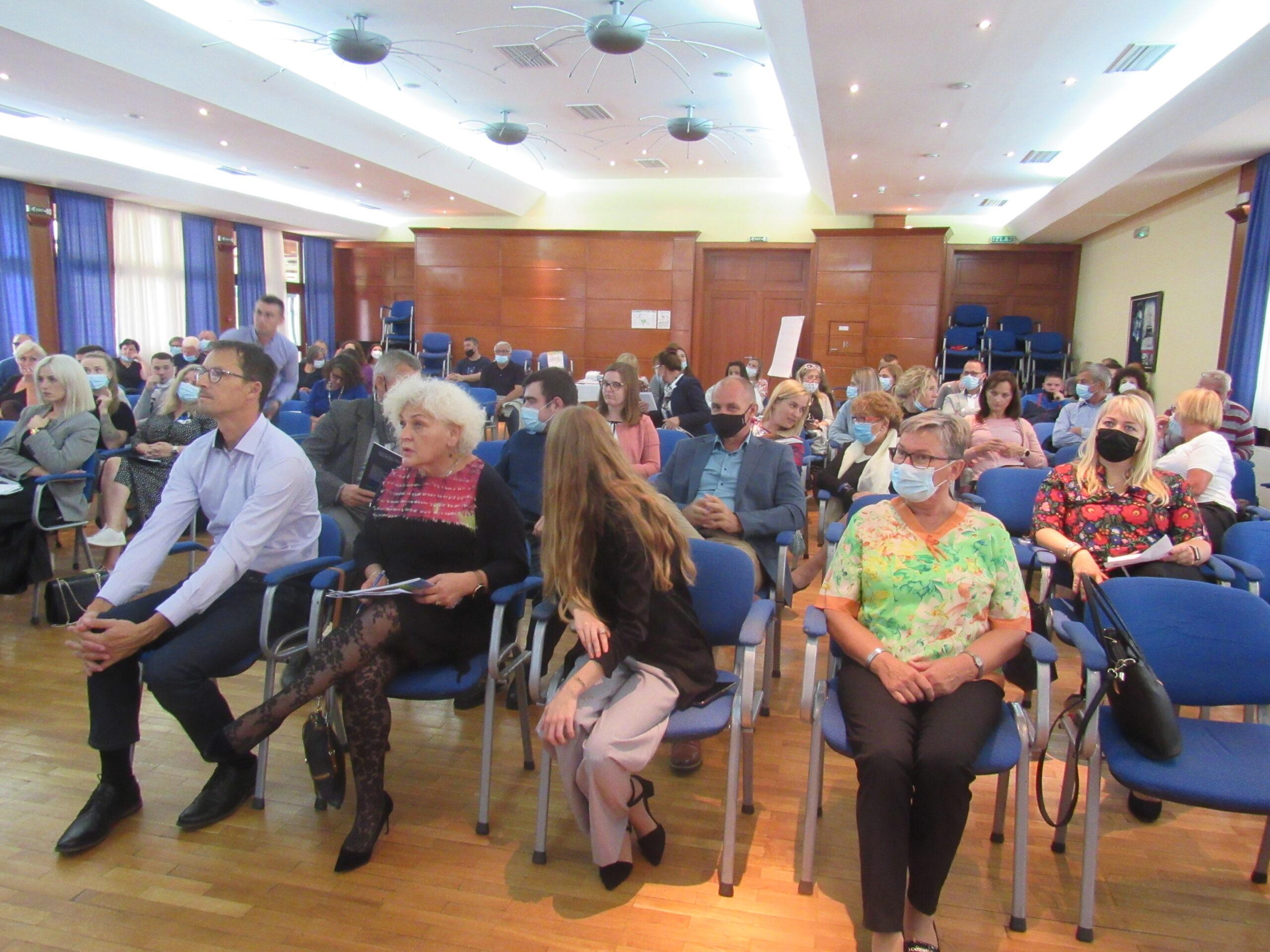 EFYRA konferencija, manifestacija RURALNI GLAS